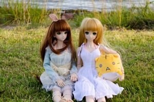 August Meet-up: Miki and Yuki by Migon21