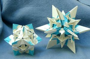 Origami snowstars, pic 2 by wombat1138