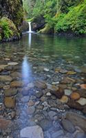 Punchbowl Falls by yo13dawg