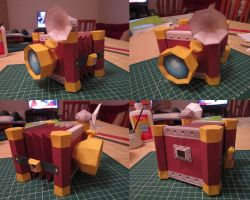papercraft PICTOBOX by ConsuJay