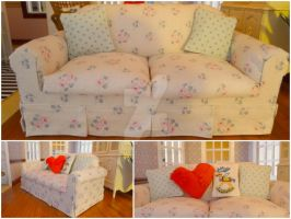 Handmade 1/6 scale sofa by LittlestSweetShop