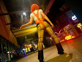 Leeloo [back] by JiaJem