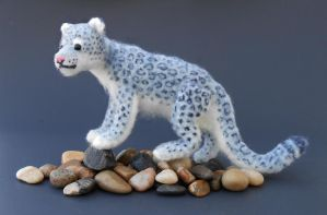 Snow Leopard by Pickleweasel360
