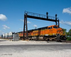 BNSF 7441 ES44DC by Pavloff-Photos