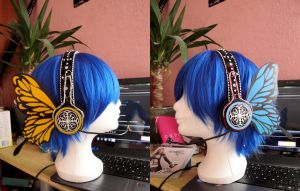 Prop: Magnet Headphones. by KyoyaxL