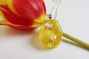 Buzzing beez Pendent by 2littleKisses