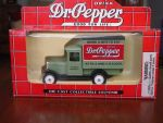 Dr Pepper delivery truck by VestibulumNocturnis