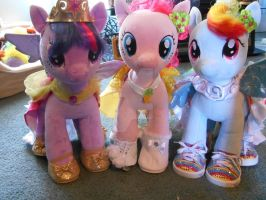 My Little Pony Build A Bear Outfit Group Shoot! by SlinkySlinks