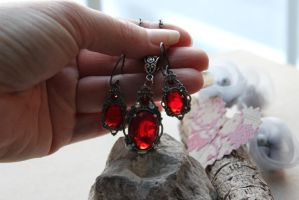Ruby Crystal Victorian Necklace and Earrings by artistiquejewelry