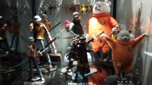 New Display Case for figures part 2 by Trafalgar1412