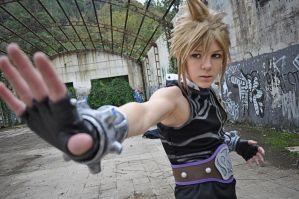 Cloud Strife by The-Final-Distance