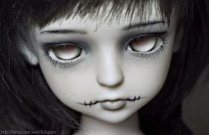 Faceup: Lati Green Ronnie by alientune