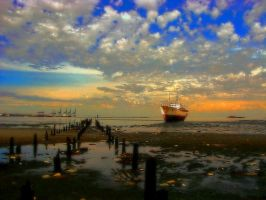 HDR Gimp Filter 2 by michaelgoldthriteart