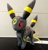 Umbreon 2012 Pokemon Center plush by Gallade007