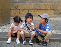 Japanese Kids by Mano-San