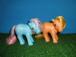 My Little Pony Toy 80's - Bow Tie and Applejack by GraphicPlanetDesign
