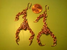 Chain maile scorpion earrings by Pompster