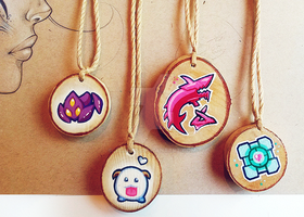 Video Game Pendants | For Sale on Etsy by Jaacqs