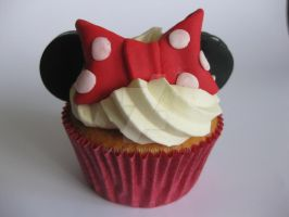 Disney Cupcakes by MarijkeV