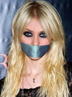 Taylor Momsen by HotWomanGagged