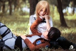 SnK Ymir x Christa by Monsohot
