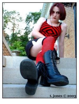 red and black stripes by herbrokentoy