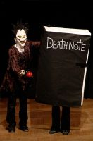 Ryuk and Death Note I by mistlelcon