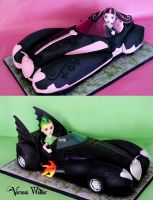 Monster High 3D Car Cake by Verusca