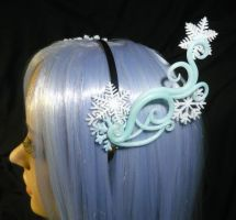 Snowprincess - handmade Hairdress by Ganjamira
