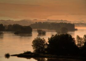 Vistula River by bak13