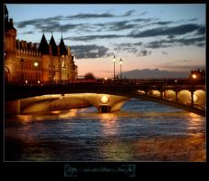 Paris by night by aboutalithium