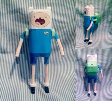 Adventure Time Papercraft: Finn by hklovesboba