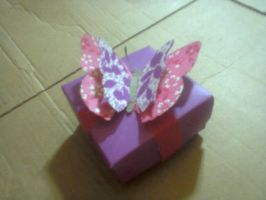 another gift box by Jornblk