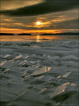Cold Sunshine by wb-skinner