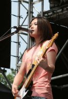yui rocking... by lapisatpluma01