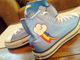 MLP Rainbow Dash - Custom Converse by Sparkle-And-Sunshine