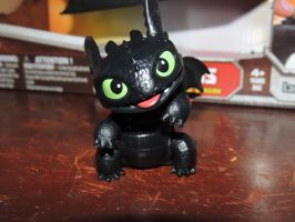 My small Toothless figure by TAPPADARA