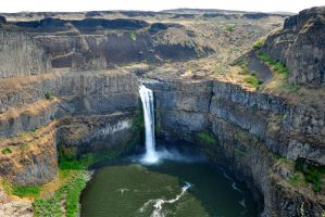 Palouse Falls by BeachGirlNikita