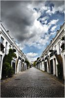Holland Park Mews by SisuShots