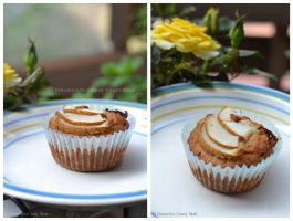 Foodporn: Bacon, pear and maple muffins II by Persephine