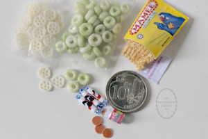 1:6 playscale miniature 80s Singapore snacks by Snowfern