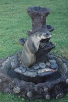 Otter Fountain by snuurg