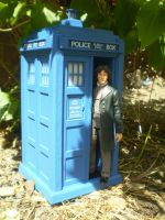 8th Doctor and TARDIS by CyberDrone