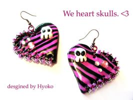 We heart skulls ... by Hyo-pon