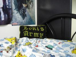 Another Loki pillow by ezsebeth