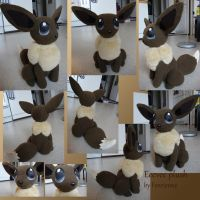 Eevee plush by Fenrienne