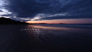 Moeraki Beach by S-moon