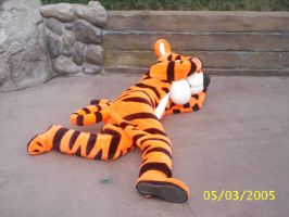 Tigger playing dead by Disneyfan84