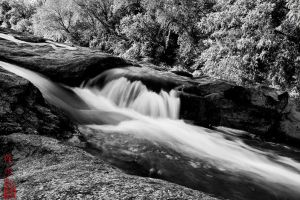Water Flowing by juhitsome