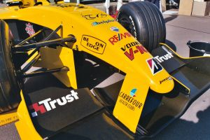 close up with F1 car .1 by Sceptre63